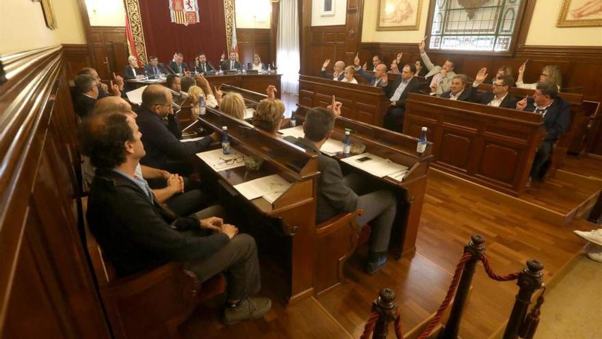 La Diputación apoya al Gobierno ante el desafío soberanista catalán