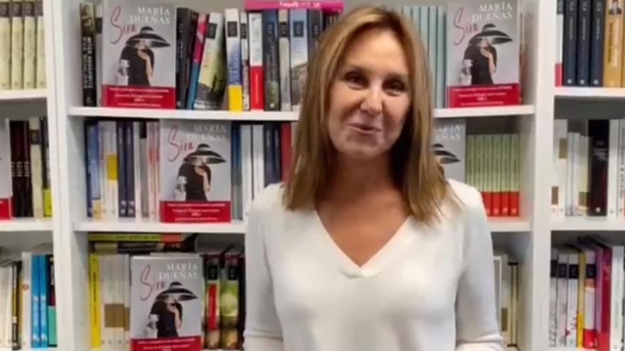 Escritores como María Dueñas o Màxim Huerta graban vídeos de apoyo a la librería Diego Marín