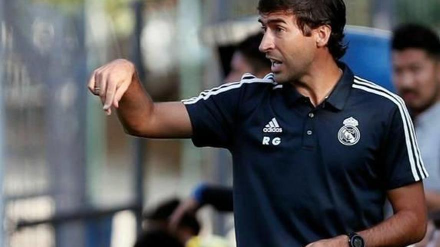 Raúl González inicia  su etapa en el Castilla