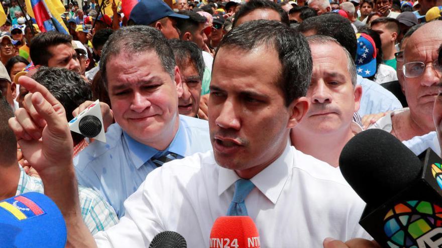 La Fiscalía cita a Guaidó por supuesto golpe de Estado