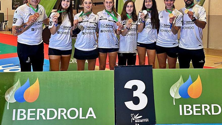 Bádminton: el Oviedo se cuelga el bronce en la Copa Iberdrola, su cuarto podio en las cuatro últimas ediciones