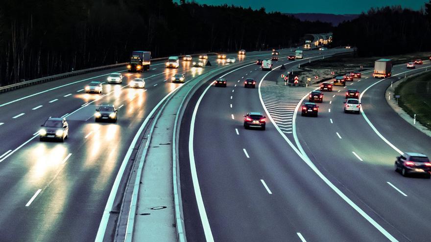 Si utilizas el carril izquierdo con frecuencia, deberías preocuparte por esta última multa de la DGT