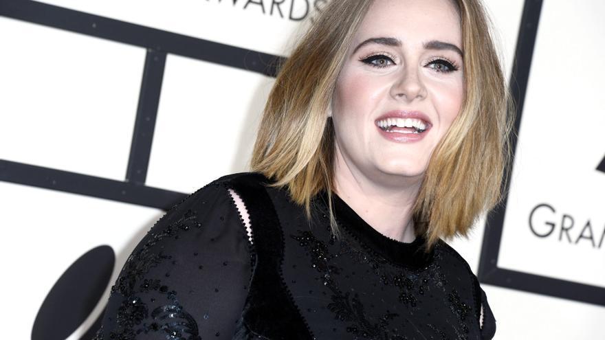 Adele adelanta unos compases de 'Easy On Me', su primer sencillo en seis años