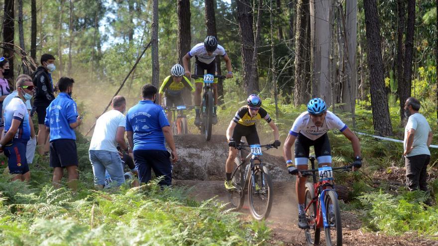 El ciclismo de montaña tiene un paraíso en Ribadumia