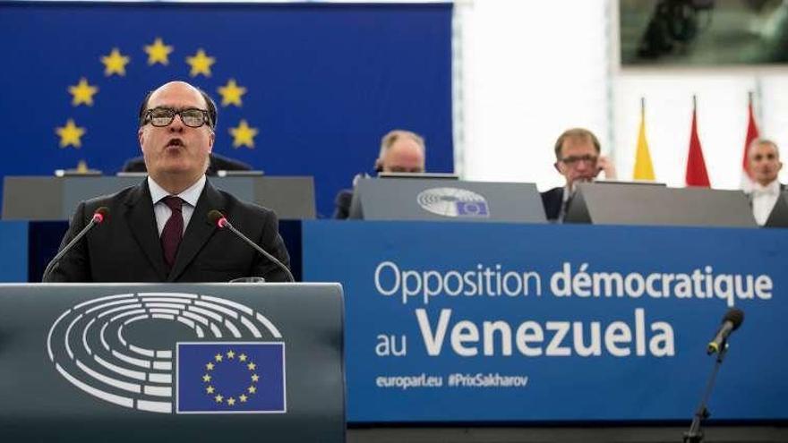 El presidente de la Asamblea Nacional de Venezuela recoge el Sajárov de la Eurocámara