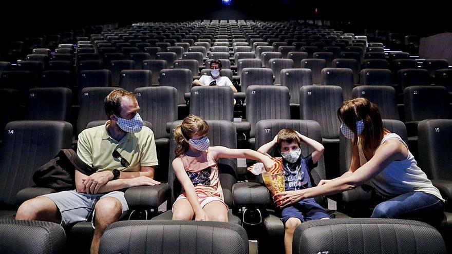 Las salas de cine se verán obligadas a eliminar la última sesión nocturna