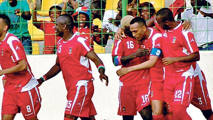 Nsue, baja en Riazor si se juega el Guinea-España