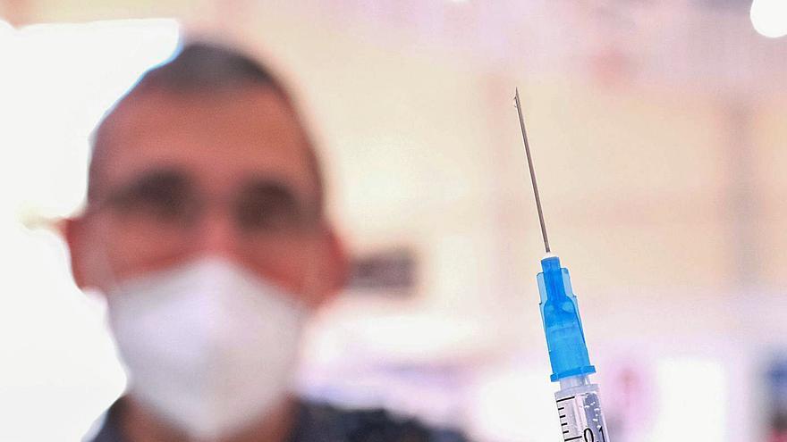 Los especialistas elevan el umbral de inmunidad de grupo a más del 80%