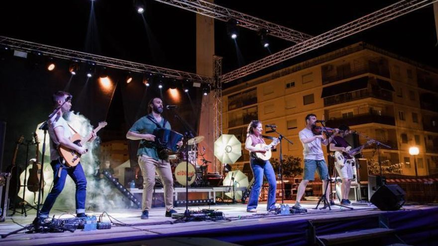 Oliva Balance positivo de la Fira i Festes «más segura» en la que la participación ciudadana fue numerosa