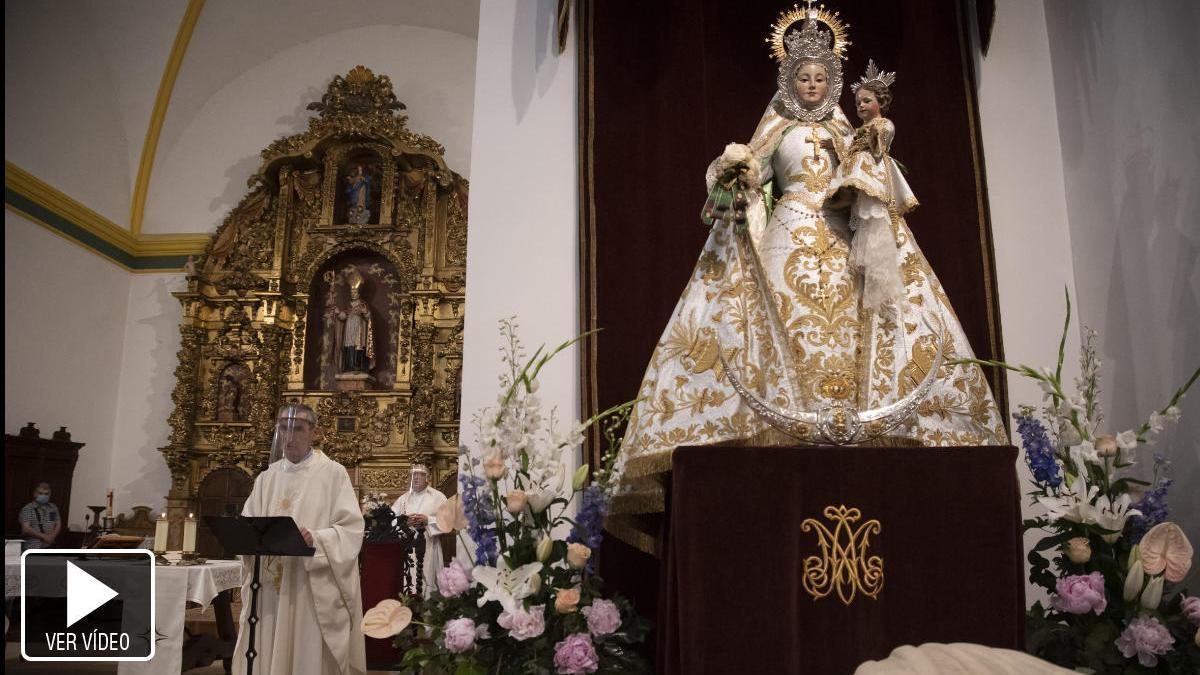 """""""Que la Virgen del Yermo nos cuide"""""""