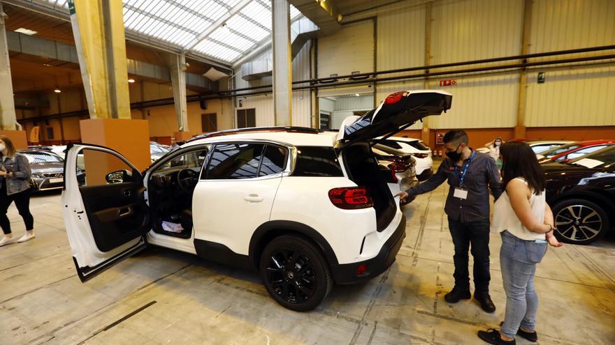 El sector: «La gente está mostrando interés por los coches eléctricos»