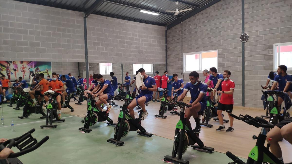 El Lorca Deportiva, durante una sesión de entrenamiento