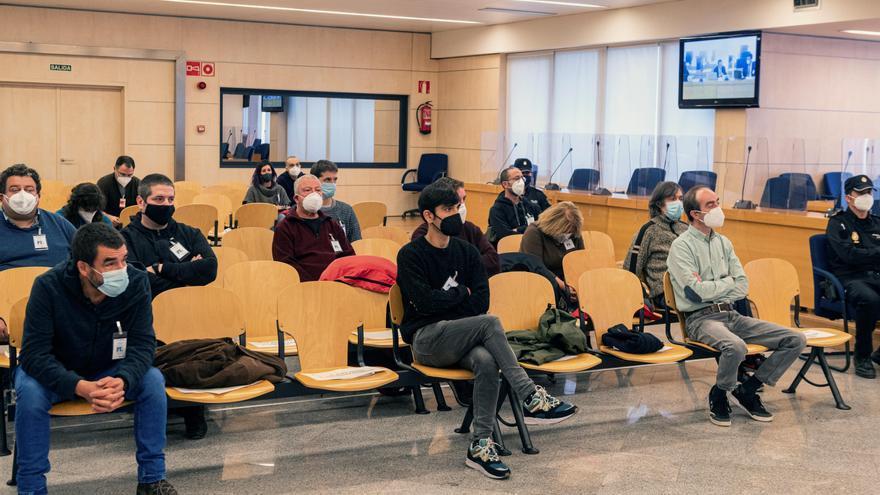 Absueltos los doce acusados de enaltecer a Resistencia Galega desde Causa Galiza y Ceivar