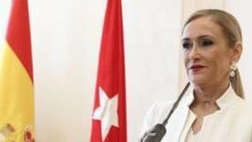 La jutge arxiva la causa per prevaricació contra Cifuentes però no per falsedat documental