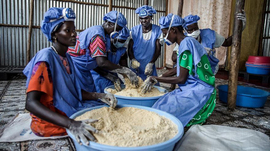 La nueva cooperación: 60 voluntarios colaboran en proyectos de desarrollo internacional desde casa