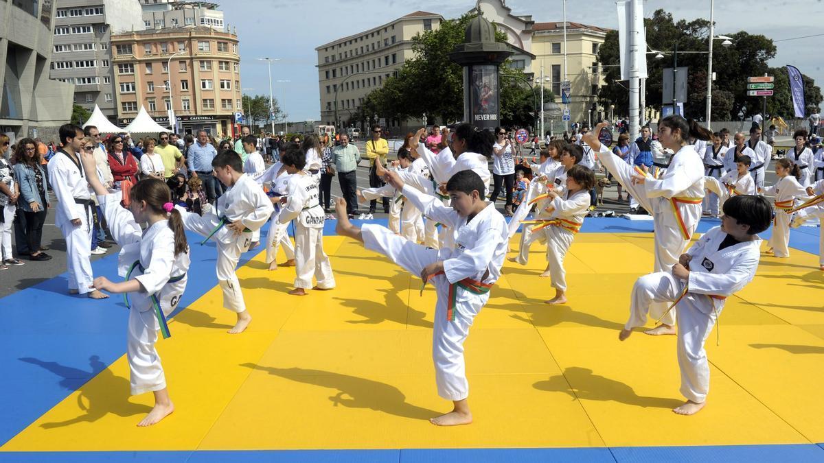 Celebración del Día del Deporte en la Calle en una edición anterior.