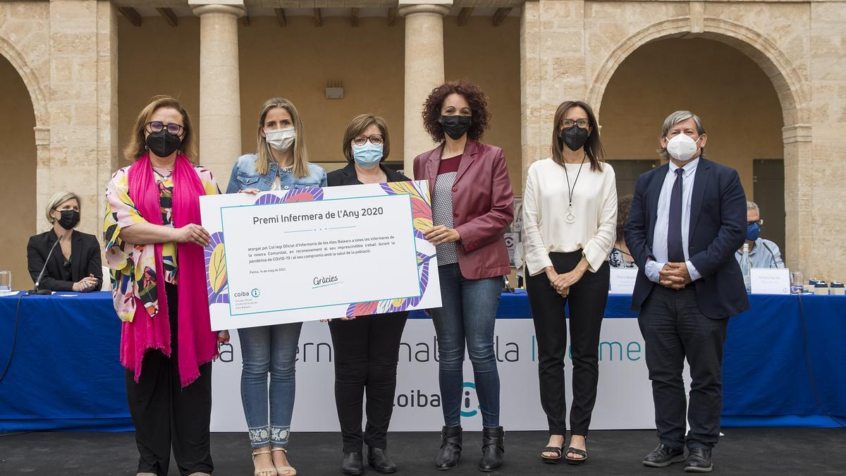 El Colegio de Enfermería dedica a la profesión el premio 2020 por su labor con la covid-19