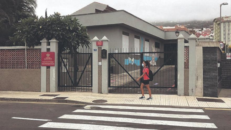 La guardería de El Mayorazgo seguirá cerrada hasta que aumente la demanda