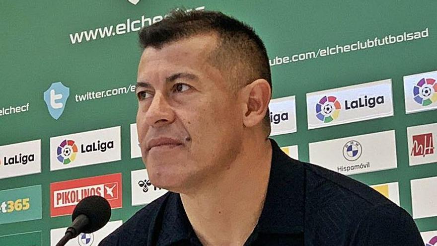 Almirón: «Este equipo todavía tiene margen de mejora»