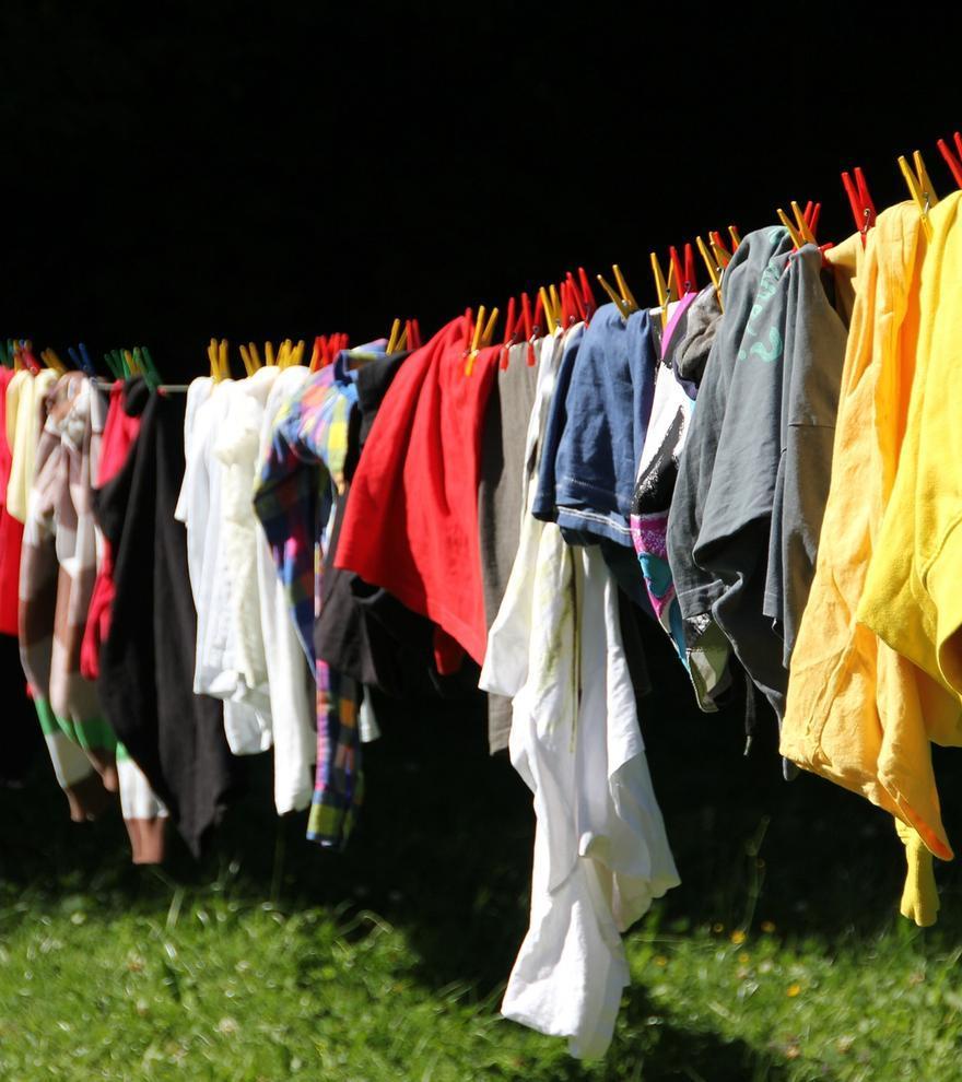 Dos trucos sencillísimos para planchar la ropa de forma más fácil
