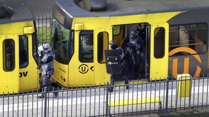 Al menos tres muertos y cinco heridos en un tiroteo en Utrecht