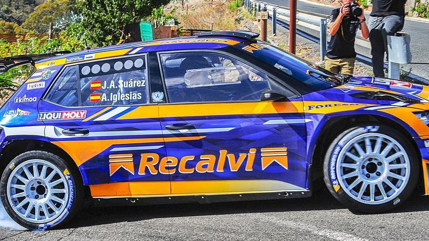 Monzón, Suárez, Falcón y Breen arrancan motores en los test