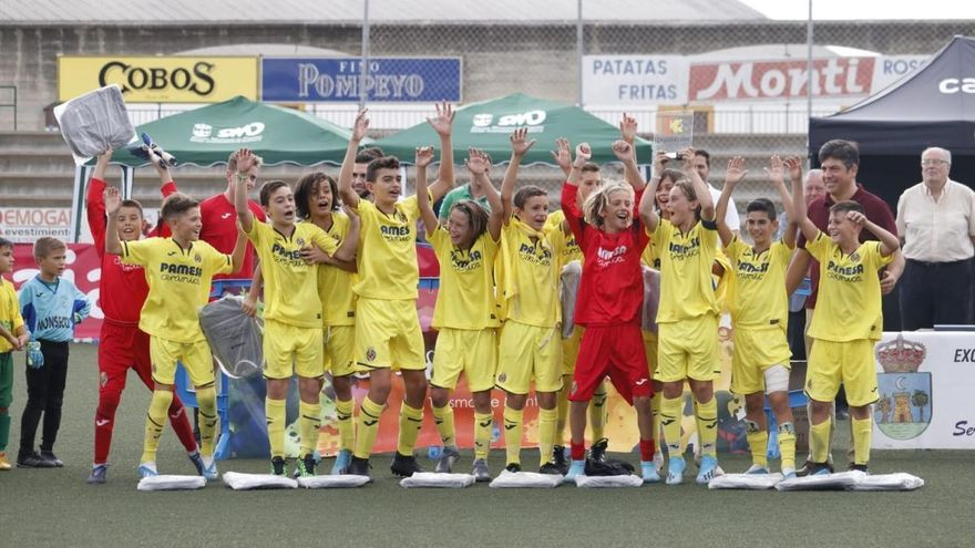 Villarreal, Real Betis y Sevilla ganan los títulos
