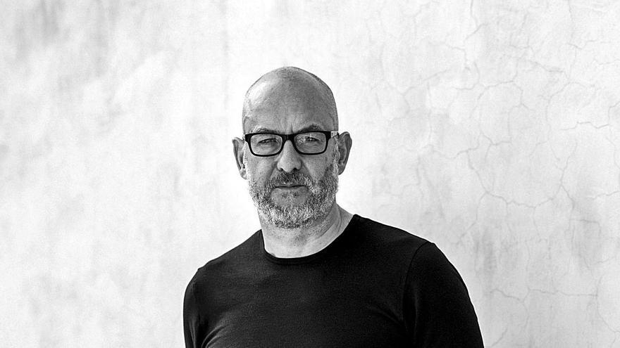 Àlex Rigola: «El teatro ofrece algo que no puede dar una pantalla, pero tiene que buscar su propio camino»