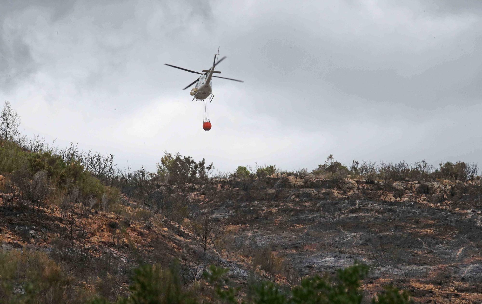 Así ha quedado la zona incendiada de Rafelguaraf