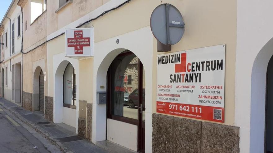 Deutscher Corona-Arzt in Santanyí zockt nun mit Antigentests ab