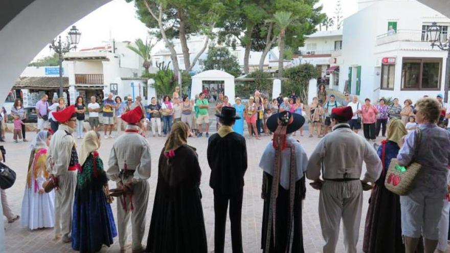 Naturaleza, patrimonio, música y 'ball pagès' para celebrar el Día del Turista en Ibiza