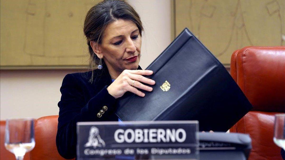 """Díaz avanza """"una base de acuerdo"""" para renovar las políticas activas de empleo, como le pide la CEOE"""