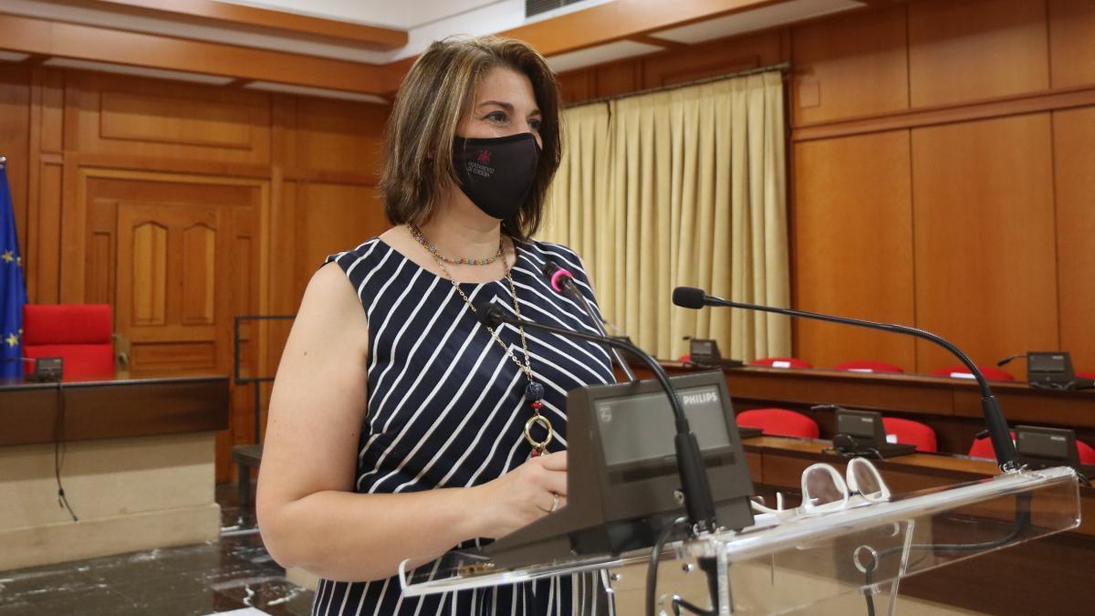 Eva Contador presenta la nueva convocatoria de subvenciones sociales del Ayuntamiento de Cördoba