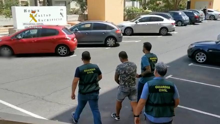La Guardia Civil detiene en Tenerife a un individuo por un delito de terrorismo