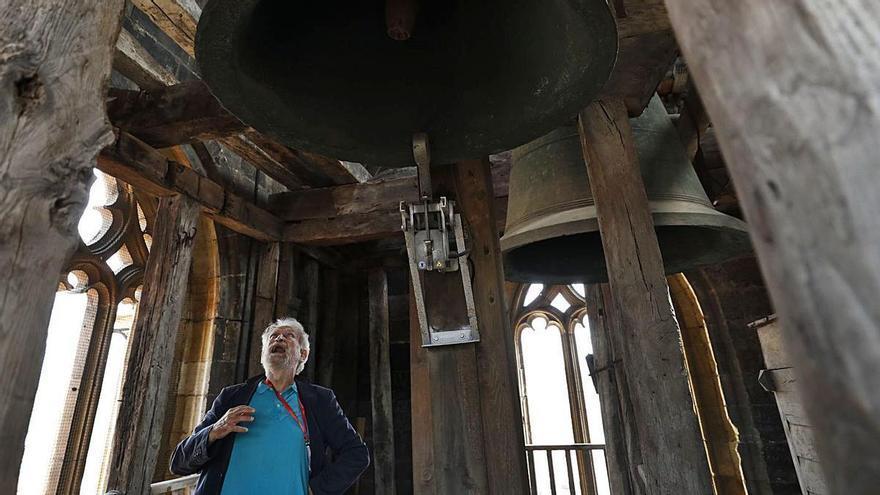 """El sonido de la historia: así es la """"Wamba"""", la emblemática campana de la Catedral de Oviedo"""