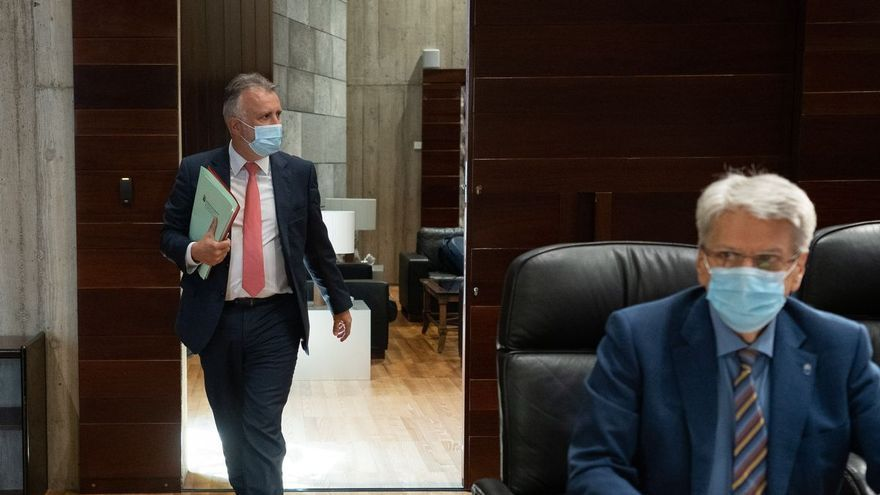 Canarias mantiene el toque de queda y las restricciones de la movilidad pendiente del TSJC