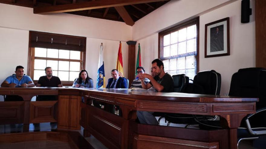 El 45% del presupuesto de Vallehermoso se destinará en 2020 a personal y servicios