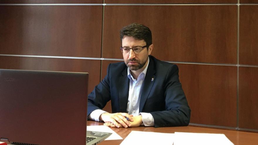 Confinado el Consejero de Industria de Asturias