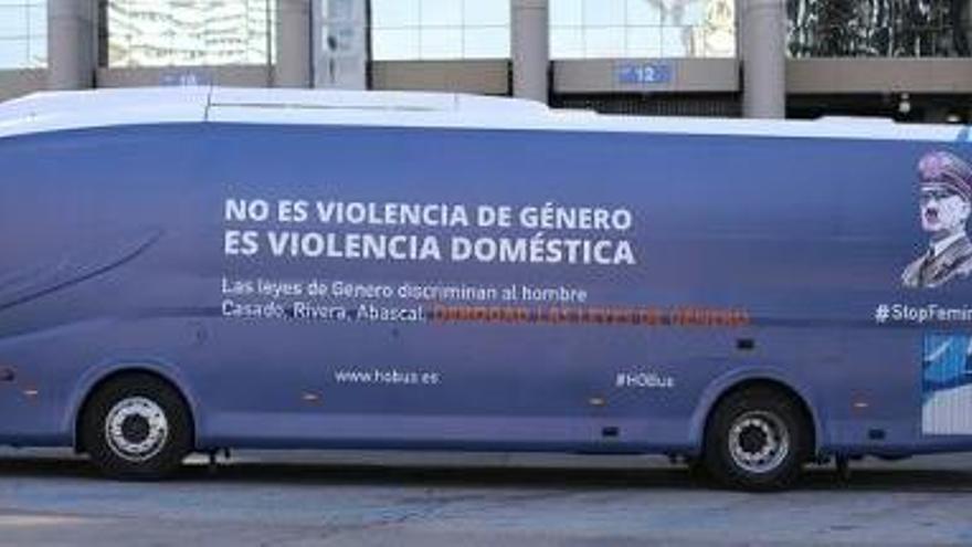 HazteOír pone en marcha el autobús #StopFeminazis contra las leyes de género