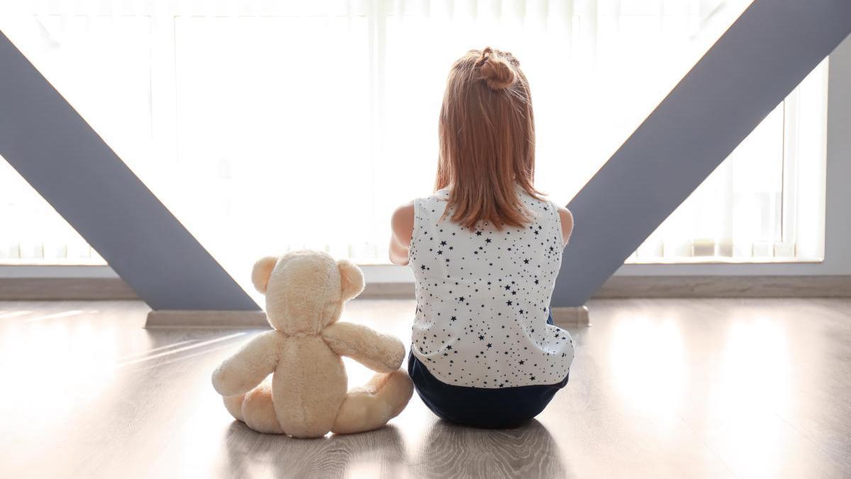 Concepto de autismo en una niña.