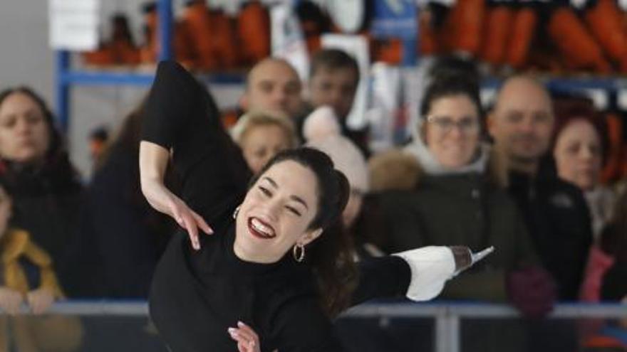Fin de Año de acrobacias sobre hielo en Gijón