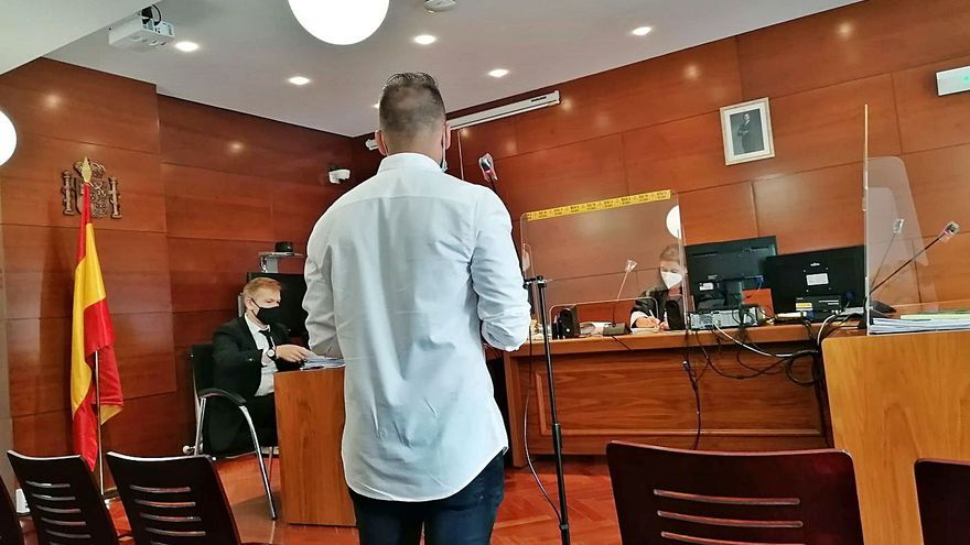 Multa de 2.160 euros para el joven que mató en un atropello a un hombre en Siglo XXI