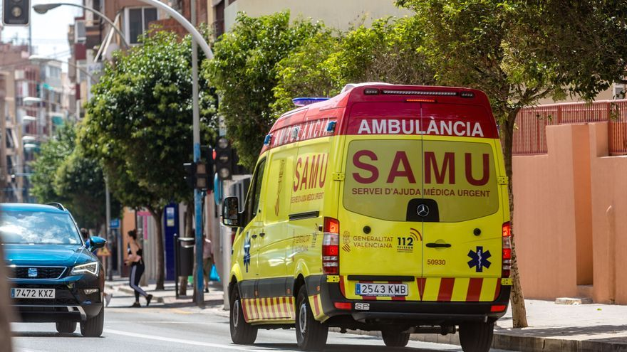 Fallece un motorista tras chocar contra una farola en Granja de Rocamora
