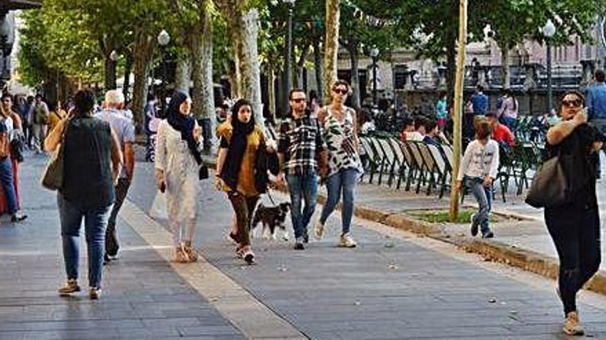 Manresa manté el batec ciutadà tot i la manifestació de Barcelona