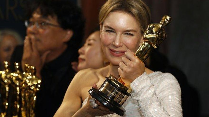 """Renée Zellweger dedica el Oscar a Judy Garland, """"que no recibió este premio en su momento"""""""