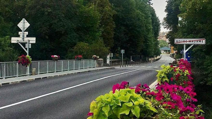 Puigcerdà i la Guingueta reobren el Pont Internacional un cop reforçat