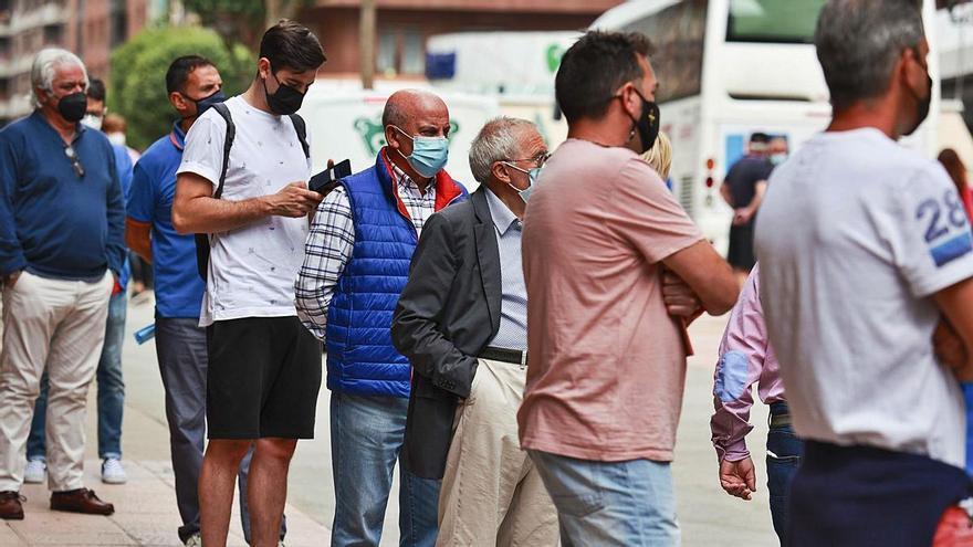 La ilusión por volver: el Oviedo ya supera los 10.000 socios