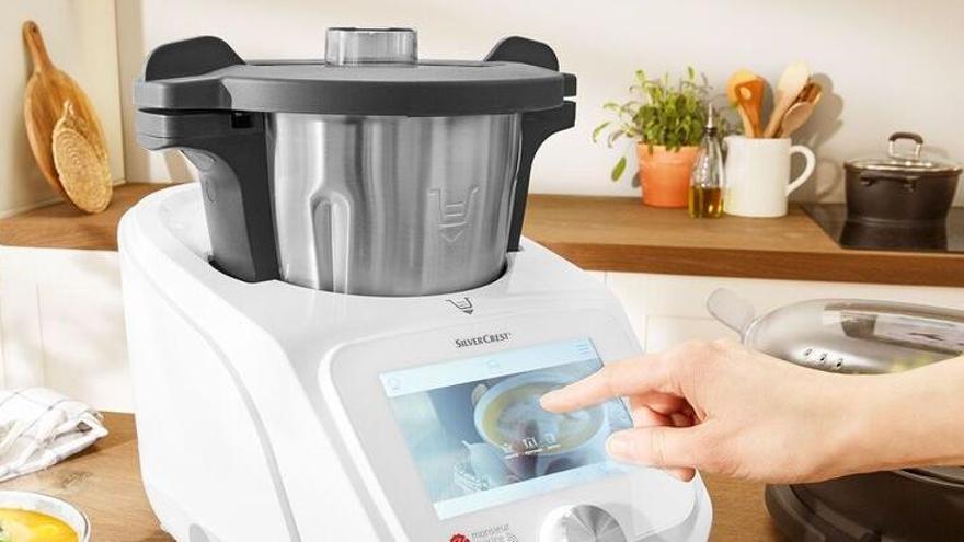 Lidl desafia Thermomix i posa a la venda de nou el seu robot de cuina en plena batalla judicial