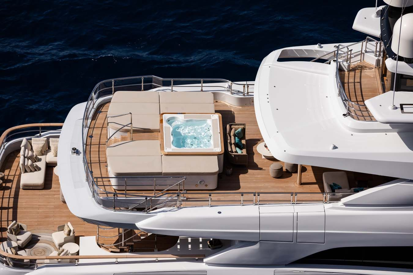 El yate de lujo Metis en Ibiza