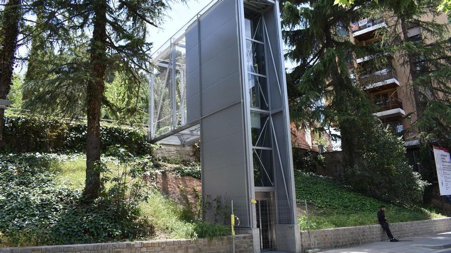 Manresa estrena aquest divendres el nou ascensor públic que connecta el Passeig amb el carrer Circumval·lació
